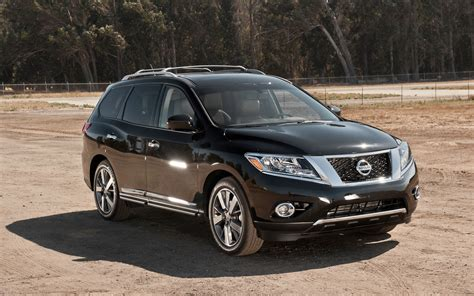 nissan pathfinder 2013 trucks and suvs at truck trend