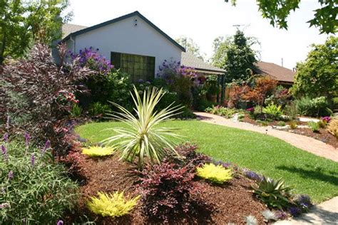drought tolerant backyard designs drought tolerant landscaping ideas california brick path