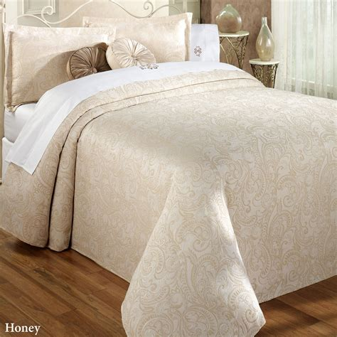 lightweight bed coverlet lightweight coverlets 28 images image gallery
