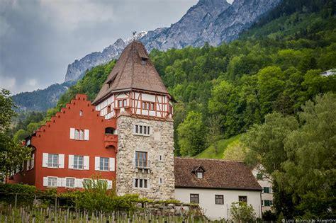 Vista Awnings Photos Of Liechtenstein Geotraveler S Niche