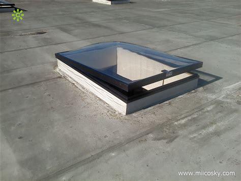 lucernario a cupola rotondo lucernario lucernario a cupola in policarbonato