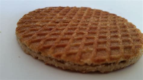 caramel waffle cookies recipe gezellig cookies waffle cookie with caramel center