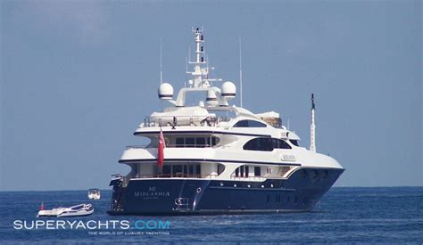speed boat in quantum of solace quantum of solace benetti motor yacht superyachts