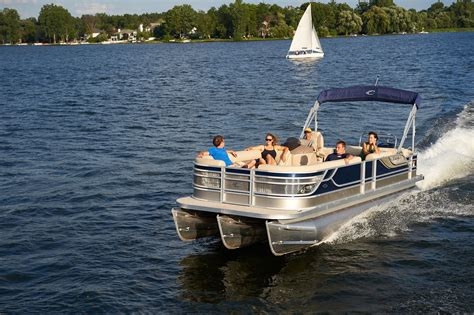 tritoon boat dimensions file crest caribbean pontoon boat jpg wikimedia commons