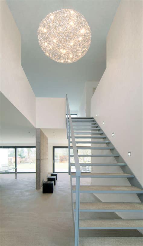 Beleuchtung Luftraum by Stahltreppe Mit Holzstufen Bauemotion De