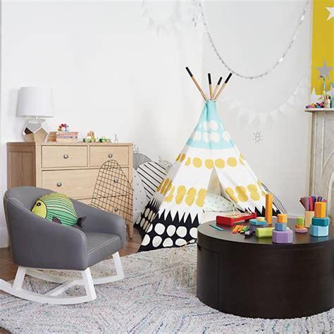 interior designers adorable design og indeliblepieces com put together a camera ready kid s room inspired by nickelodeon