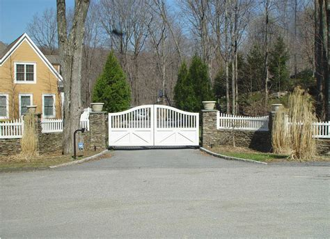 swing gate wooden driveway gates tri state gate