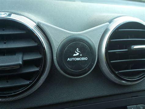 Audi A3 P8 by Audi Universal Magnetic Phone Holder Fits Between