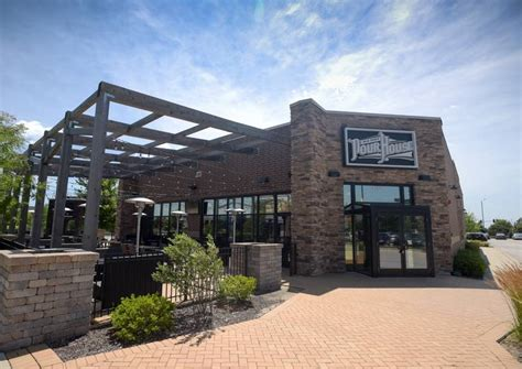 old town pour house old town pour house to join naperville restaurant scene