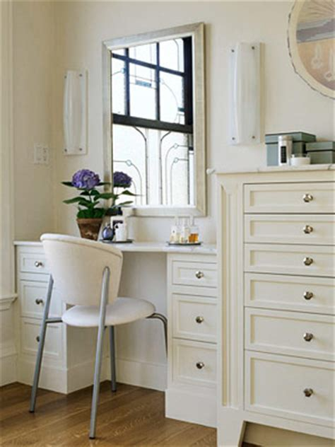 Built In Vanity Dressing Table by Dressing Tables On Makeup Vanities Yellow Walls And Built Ins