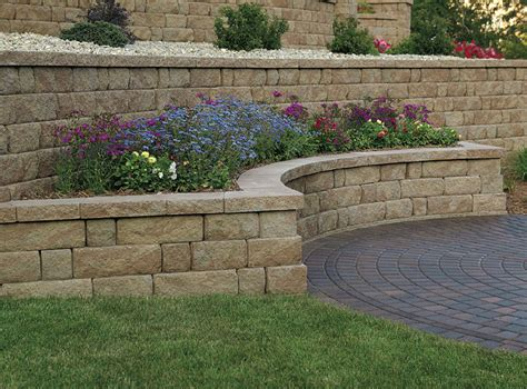 retaining wall landmark landscapes a lincoln landscaping