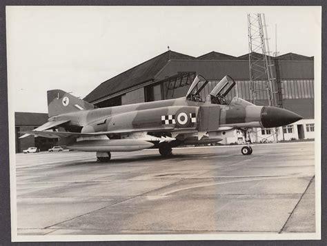 121st raf squadron markings royal air force phantom fg1 fighter jet xt874 43 squadron