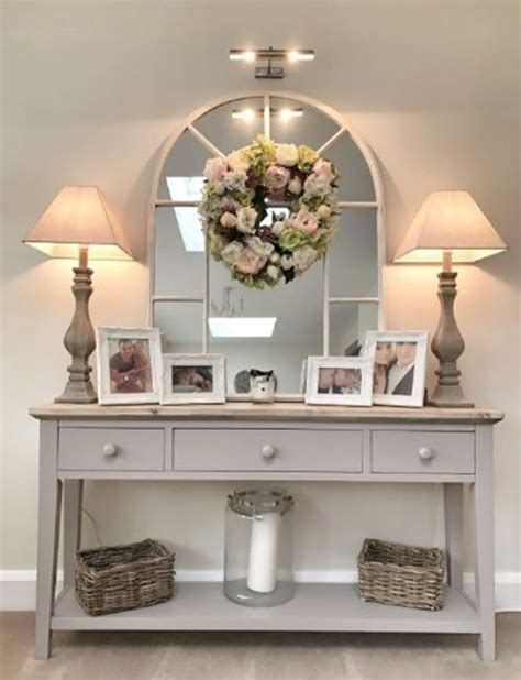 console table   small table    put