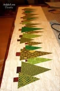 Mug rugs on pinterest christmas table runners mug rugs and table