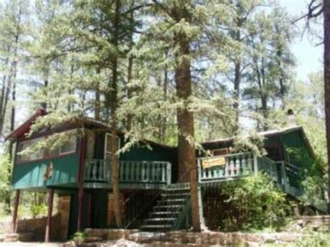 Whispering Pines Cabins by