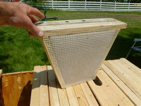 Top Bar Hive Feeder Plans by Misc Bee Related Pictures Central Indiana Beekeepers