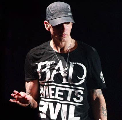 eminem offended lyric eminem s rap god lyrics what i think ben s blog