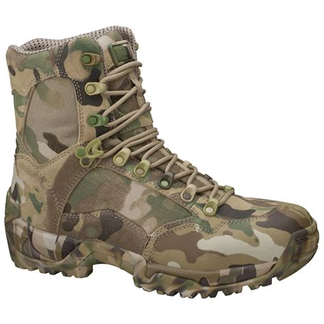 mens camo boots s magnum 174 sidewinder hpi multicam 174 camo boots 213612