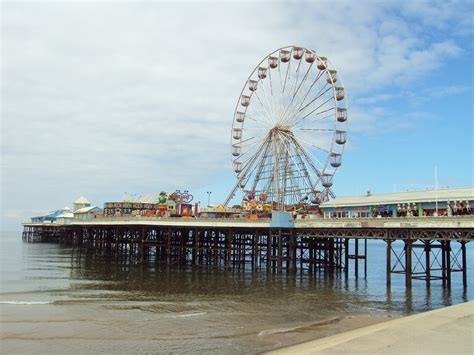the piers show is it the end of the pier show times