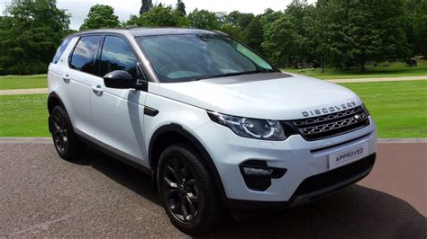 land rover discovery sport  td  se tech dr panoramic roof diesel  door