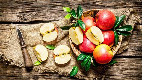 wallpaper apple fruit apple fruit wallpaper 10375 baltana