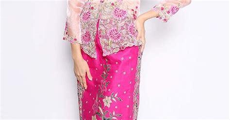 Set 2 In 1 Kebaya Modern Pink leila kebaya nyonya in pink fashionvalet kebaya