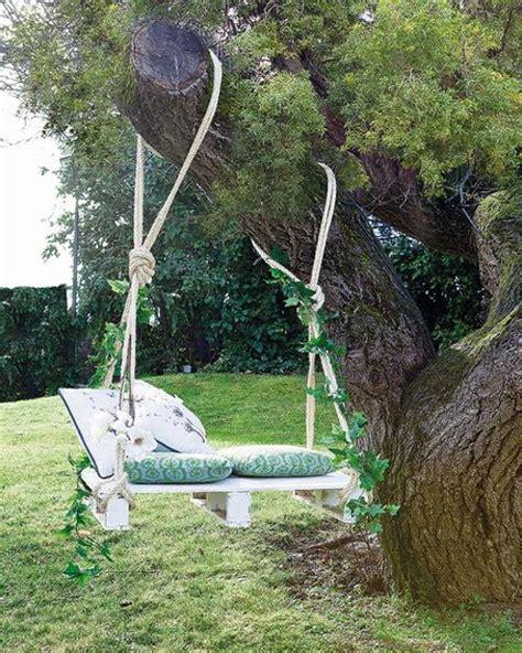 diy outdoor hanging beds    shelterness