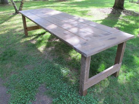 apply  wax finish   outdoor picnic table
