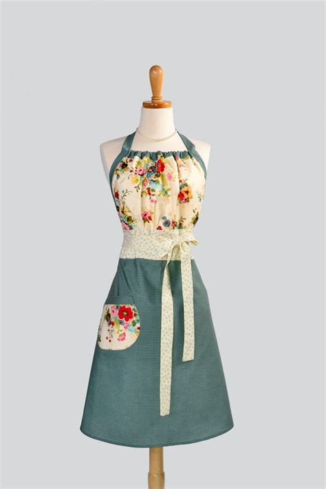 pattern for gathering apron 22 best images about gathering apron sewing patterns on
