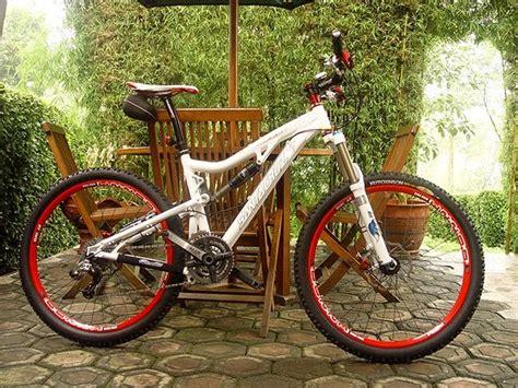 Grip Sepeda Mtb wairatas kitchen dijual sepeda mtb santa rp 45 juta sold