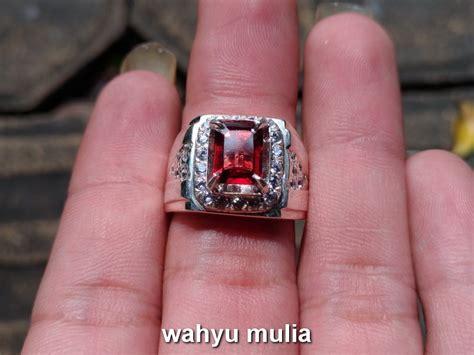 Permata Hijau Srilangka batu cincin permata garnet ceylon asli kode 718