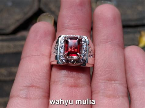Batu Garnet Merah Kotak batu cincin permata garnet ceylon asli kode 718
