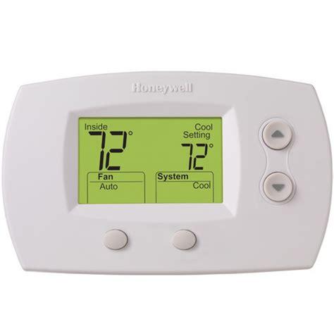 Honeywell FocusPROâ?¢ Non Programmable Digital Thermostat