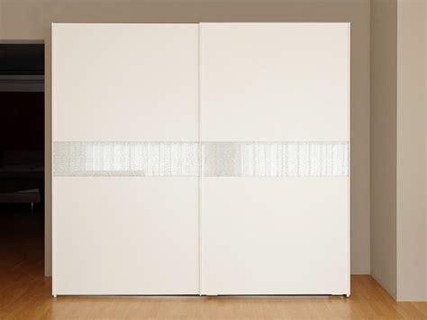 armadio 2 ante scorrevoli armadio 2 ante scorrevoli bianco frassino con cassettiera