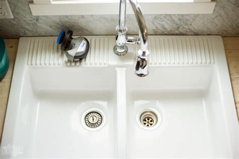 how to clean a white sink how to clean a white farmhouse sink with diy magic