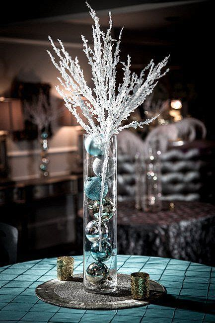 christmas table decorations  wedding winter