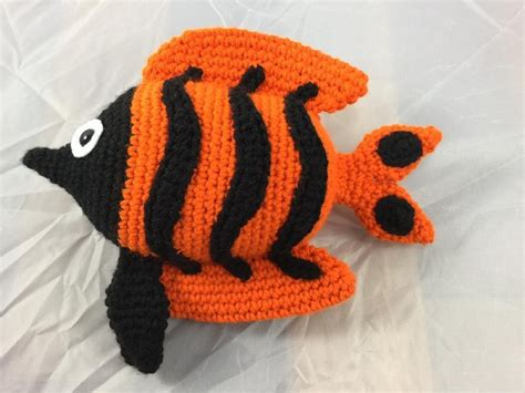 pattern fish on youtube angelica the angelfish crochet pattern by lisa kingsley