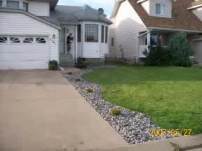 Landscape Ideas By Driveway Driveway Landscaping Photo