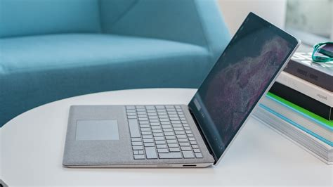 surface laptop 2 surface laptop 2 microsoft surface laptop 2 review paint it black tech advisor