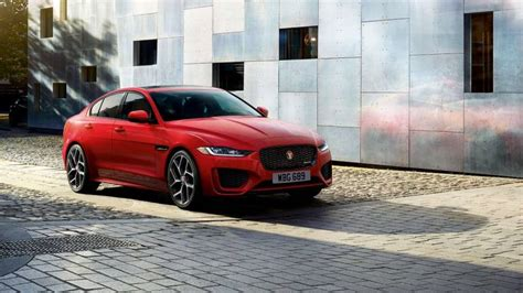 Jaguar Xe 2020 Launch by 2020 Jaguar Xe Gets A Facelift India Launch Expected In