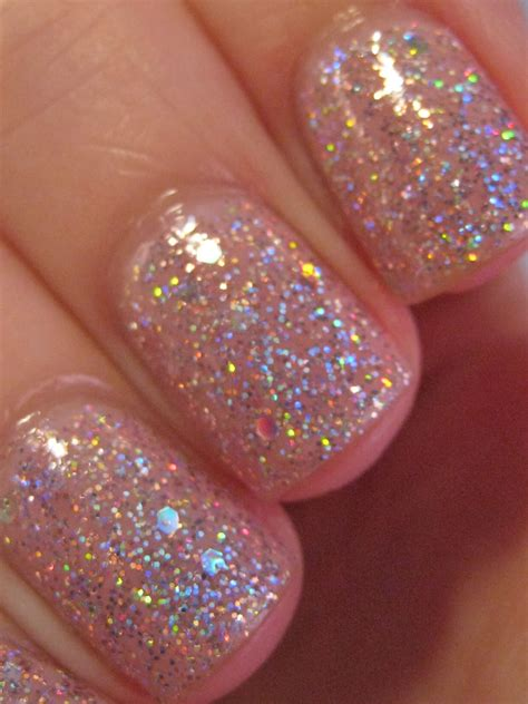 Glitter Nail Polishes by Right Way Of Applying Glitter Nail Fashion Trend