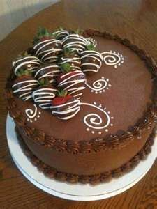chocolate cake with chocolate covered strawberries yum cake decorating ideas pinterest