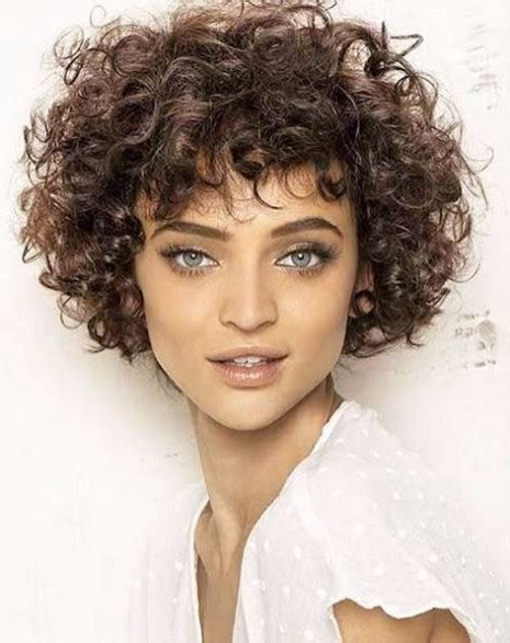 pictures curly hairstyles for women in their 40 curly sweet haircuts women over 40 hairstyles haircuts