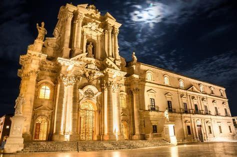 d italia siracusa le pi 249 chiese d italia nella top 15 il duomo di