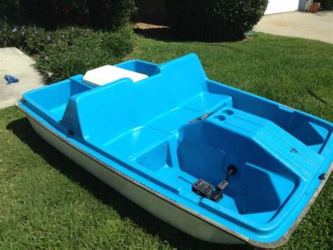 pedal boat sun dolphin sun dolphin 5 person paddle boat for sale