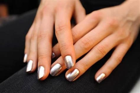 Detoxing From Fingernails by Detox Nail Well Rounded Ny