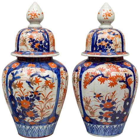 Vases With Lids For Sale Pair Of Imari Vases With Lids For Sale At 1stdibs