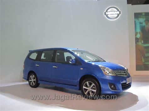 Emblem Livina Untuk Varian Mobil Nissan Grand Livina pt nissan motor indonesia luncurkan dua mobil terbarunya