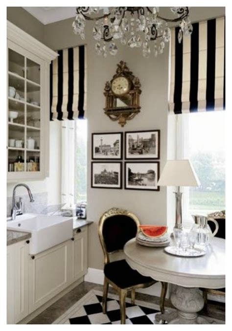 Small Dark Bathroom Ideas by Apartment Living Paris Style Diy Decorator