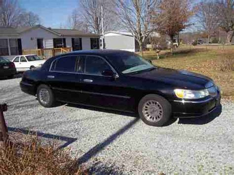 sell used lincoln town car cartier l wheelbase is 6